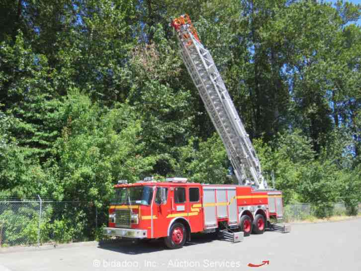E-One Ladder Fire Truck (2000)
