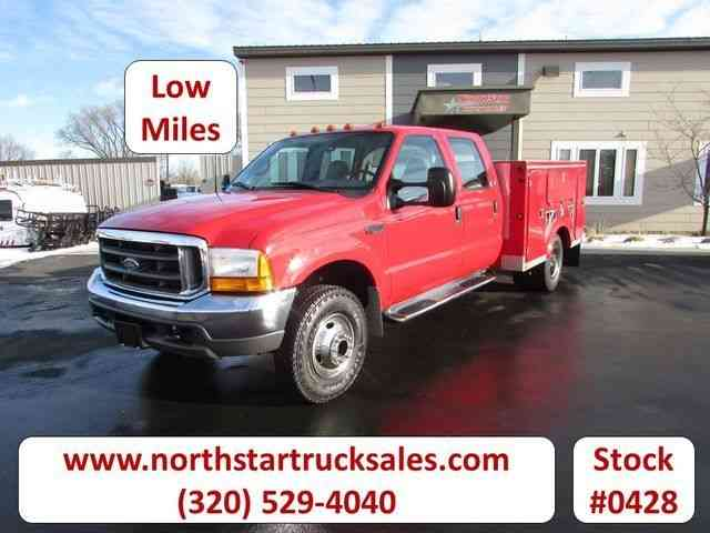 Ford F-350 4x4 Service Utility Truck -- (2000)