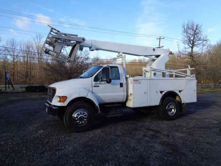 FORD F650 CABLE PLACING BUCKET BOOM TRUCK (2000)