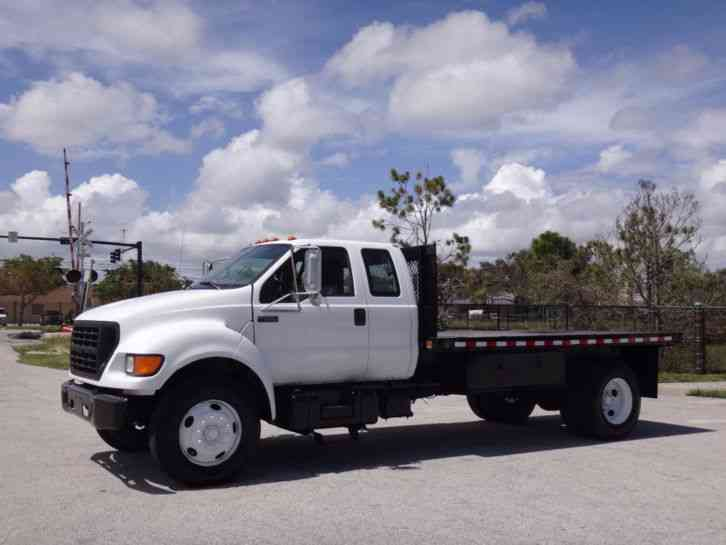 Ford F650 Super Duty Flatbed (2000)
