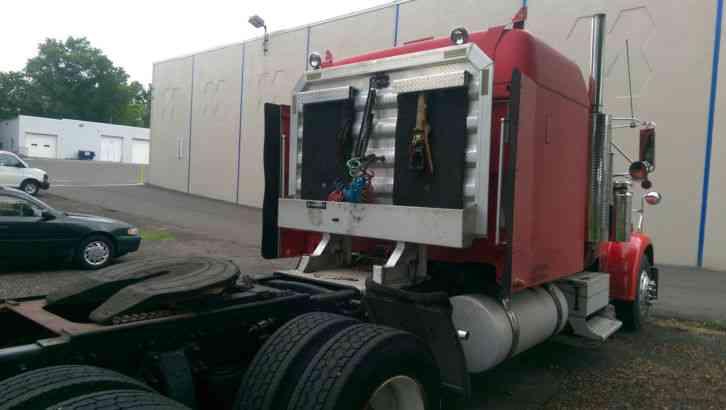 Freightliner Classic Xl 2000 Sleeper Semi Trucks