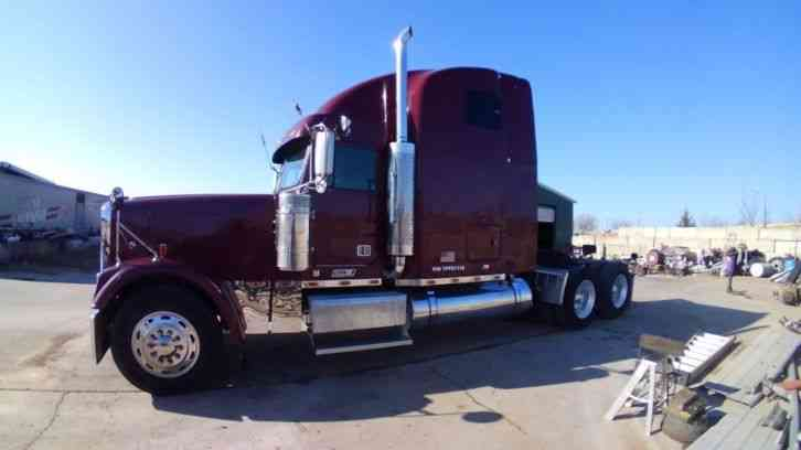 Freightliner Classic XL Not Peterbilt or Kenworth (2000)