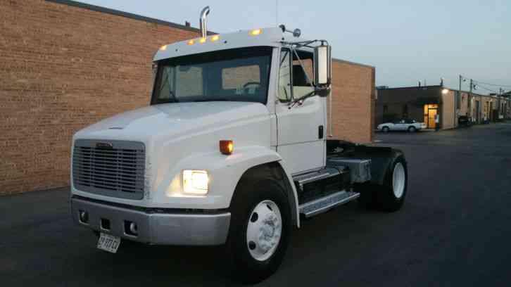 Freightliner FL-120 (2001) : Daycab Semi Trucks