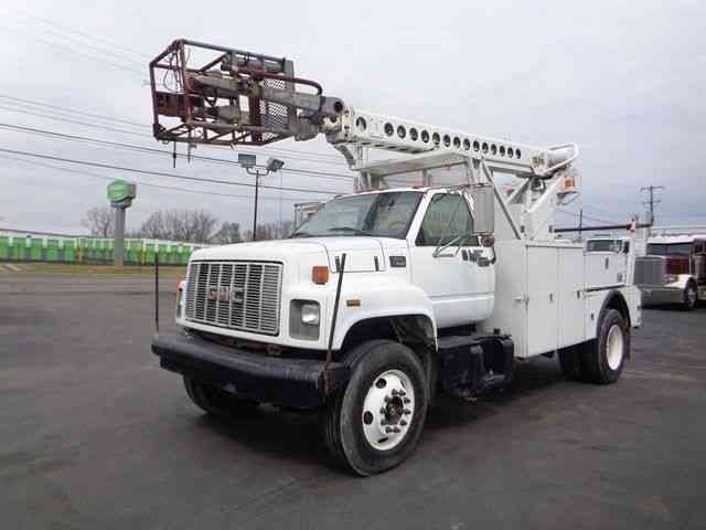 GMC 7500 CABLE PLACING BUCKET BOOM TRUCK (2000)