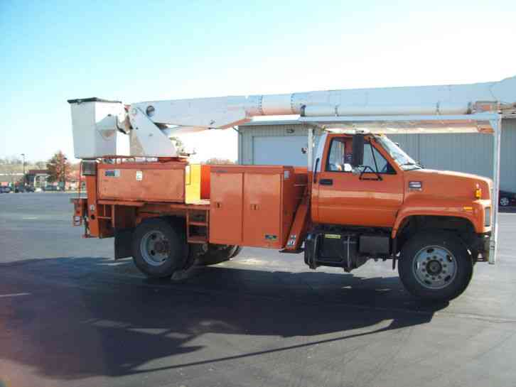 Truck Covers: Altec Bucket Truck Covers