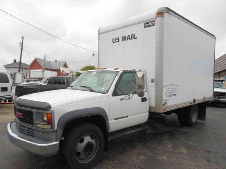 GMC C-3500 HD 18FT BOX STRAIGHT TRUCK 7. 4 GAS ENGINE (2000)