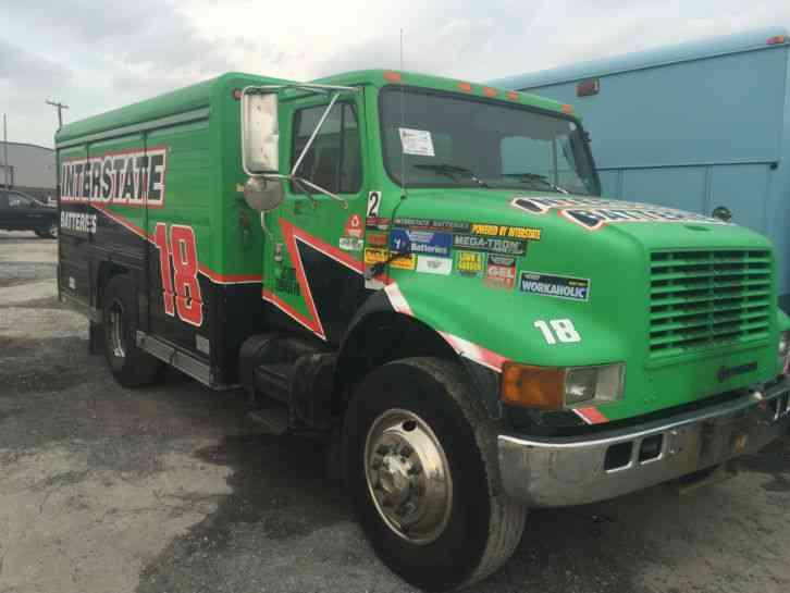 INTERNATIONAL NAVISTAR 4700 (2000) : Utility / Service Trucks