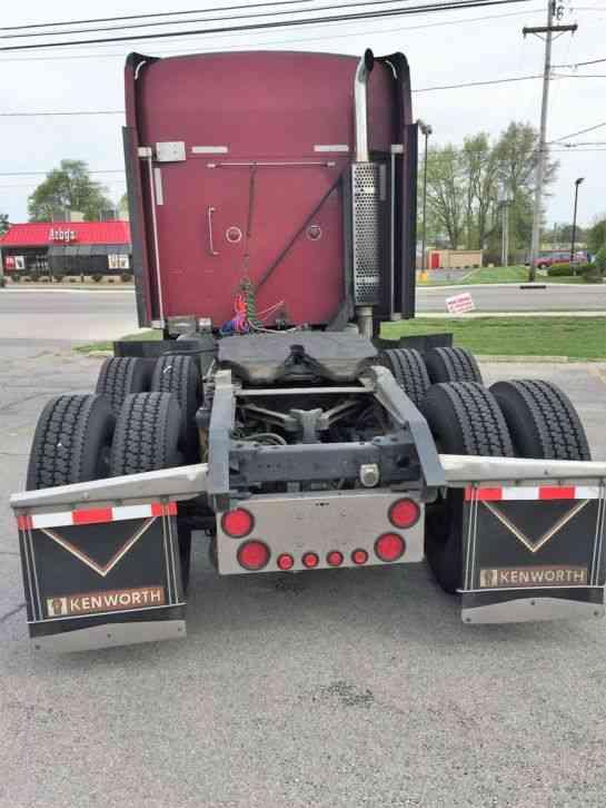Kenworth T600 2000 Sleeper Semi Trucks
