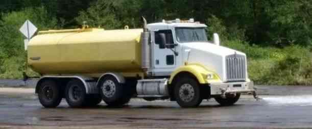 33f510e4e7 Kenworth T800 Custom Water Truck (2000)   Heavy Duty Trucks