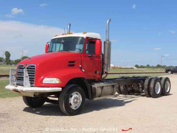 Freightliner Tractor Weight : Mack cx daycab semi trucks