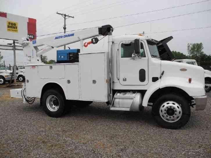 Peterbilt 330 2000 Utility Service Trucks