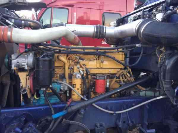 Peterbilt  2000    Sleeper Semi Trucks