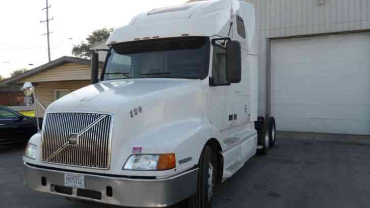 Volvo vnl 660 2000 sleeper semi trucks for Truck motors for sale