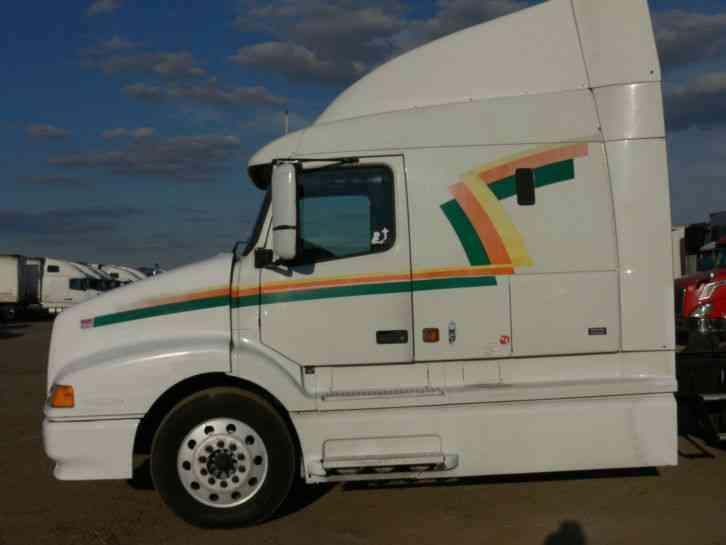 Volvo Vnl64 Cummins Icm 2000 Sleeper Semi Trucks