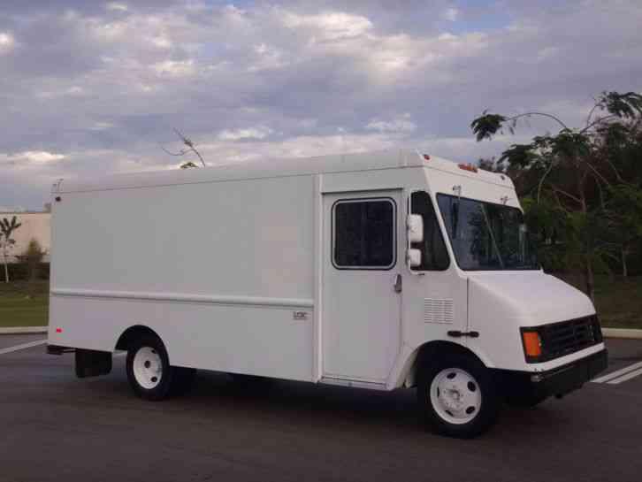 workhorse p30 14 39 step van 2000 van box trucks. Black Bedroom Furniture Sets. Home Design Ideas