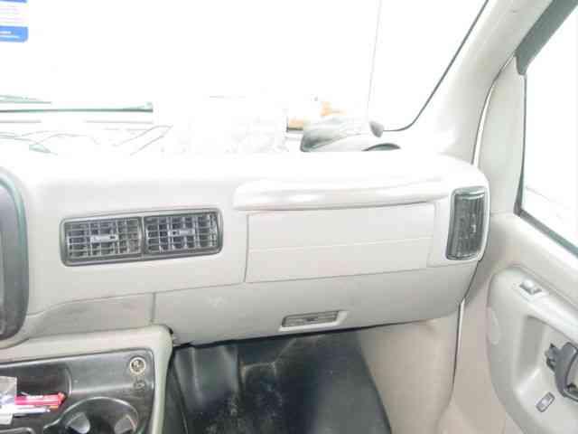 Used Chevrolet E350 Box Liftgate | Autos Post
