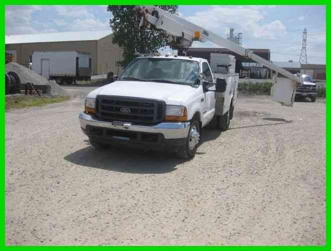FORD F350 7. 3 DIESEL AUTO WITH ALTEC AT200A 35' REACH BUCKET/BOOM (2001)