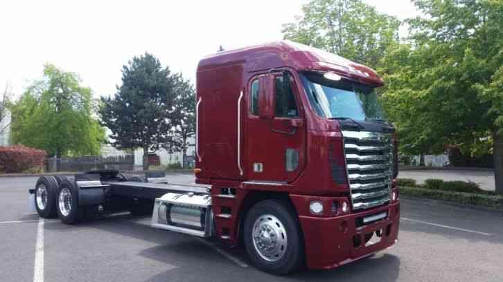 freightliner argosy  2001    sleeper semi trucks