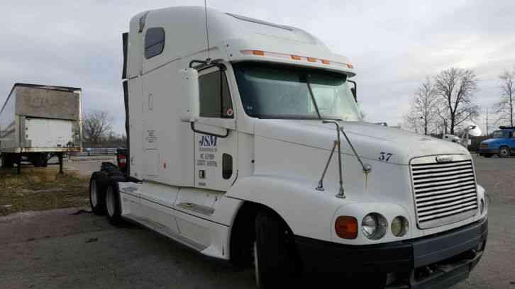 Freightliner Century 2001 Sleeper Semi Trucks