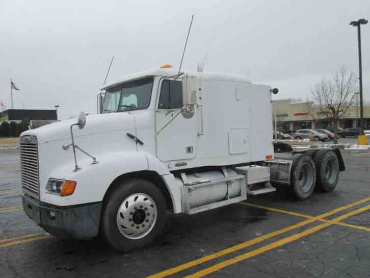 Freightliner FLD112 (2001) : Sleeper Semi Trucks