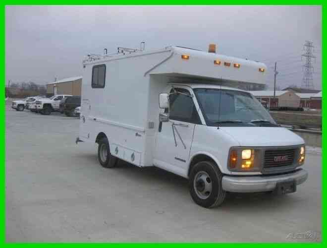 gmc 3500 savana 5 7 v8 gas with 12 splice lab 2001 utility service trucks gmc 3500 savana 5 7 v8 gas with 12 splice lab 2001 utility service trucks