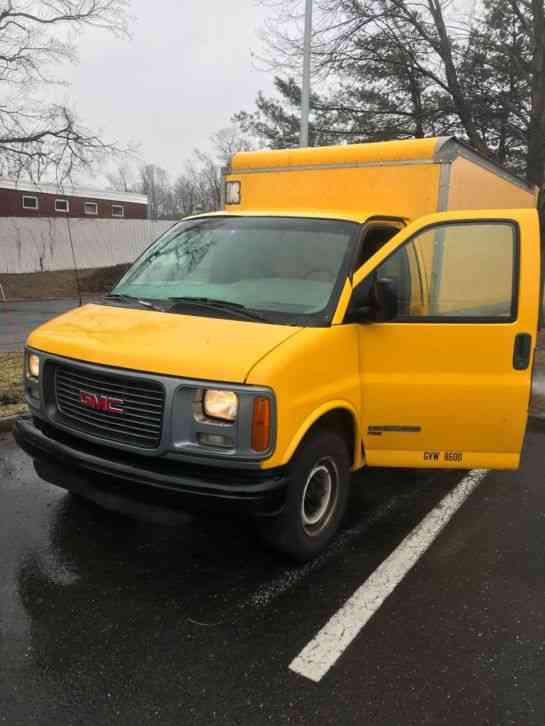 gmc 3500 savanna van body 2001 van box trucks jingletruck com
