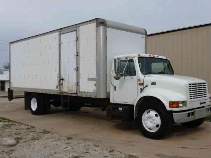 International 4700 Box Truck 2001 Van Box Trucks