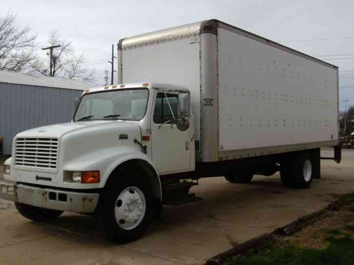 International 4700 Box Truck 2001 Van Box Trucks
