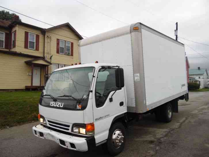 Isuzu Npr 2001 Van Box Trucks