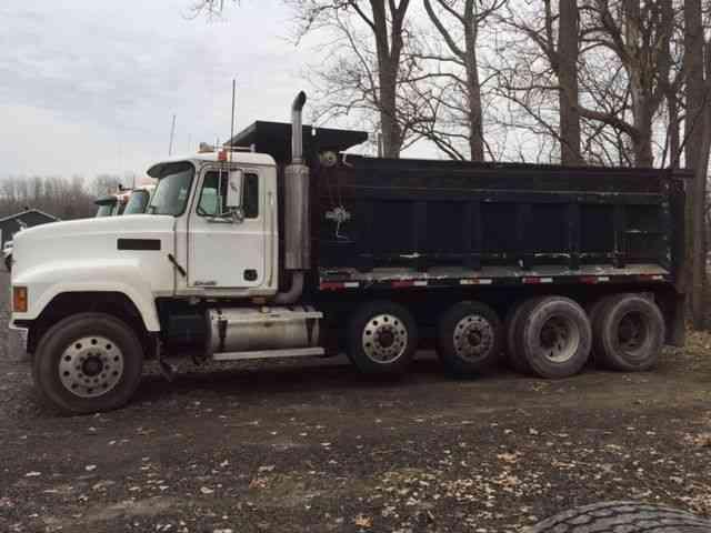 Mack Quad Dump Trucks : Mack ch  bucket boom trucks
