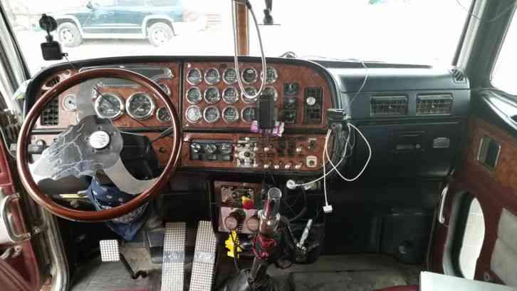 Peterbilt 379 Exhd 2001 Sleeper Semi Trucks