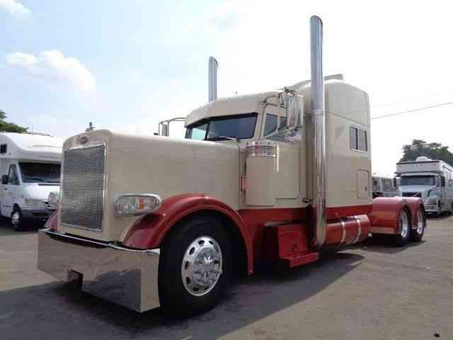 Peterbilt 379 Extended Hood Custom 2001 Sleeper Semi Trucks