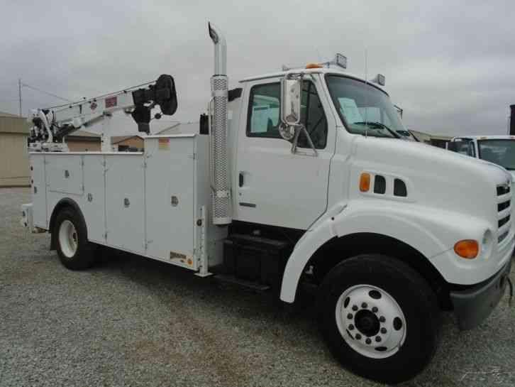 Sterling L7500  2001    Utility    Service Trucks
