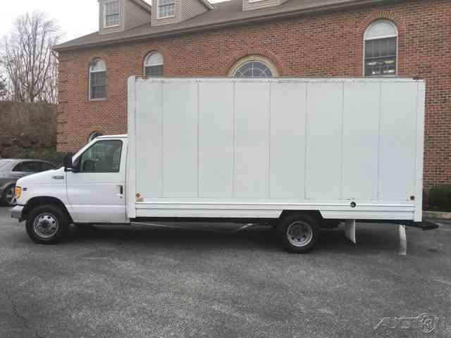 Platinum Car And Truck Sales Llc