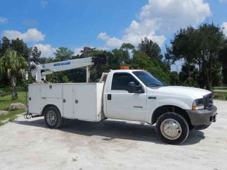 Ford F450 Super Duty Crane Truck (2002)