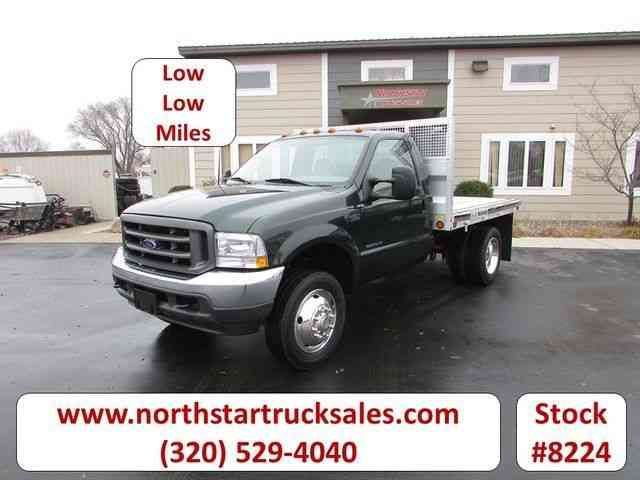 Ford F-450 Flat Bed Truck -- (2002)