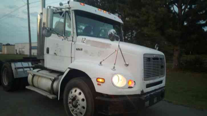 Freightliner FLD 112 Day Cab (2002)