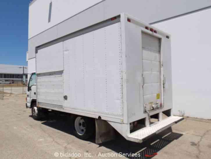 Gmc W4500  2002    Van    Box Trucks