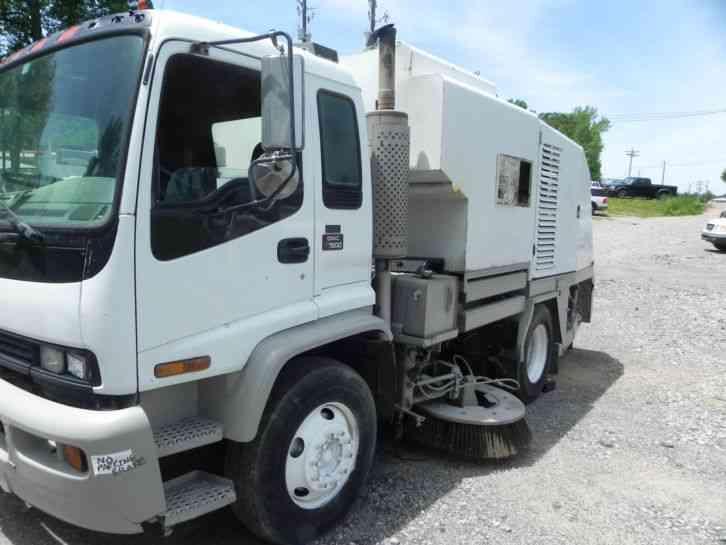 International 4700 2002 Utility Service Trucks