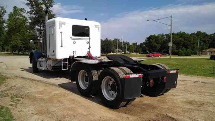 Peterbilt 379 2002 Sleeper Semi Trucks