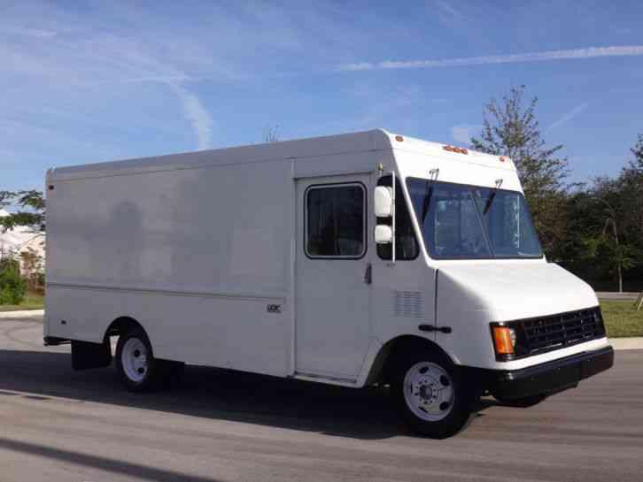 Workhorse P42 Step Van (2002)