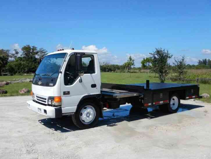 Chevrolet W5500 NQR Flatbed Truck (2003)