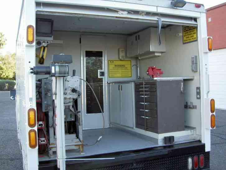 Chevrolet (2003) : Utility / Service Trucks