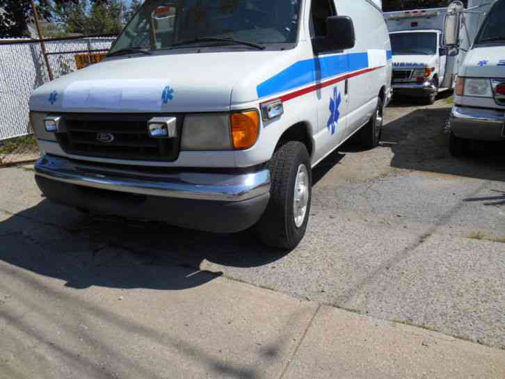 Ford E-Series Van (2003)