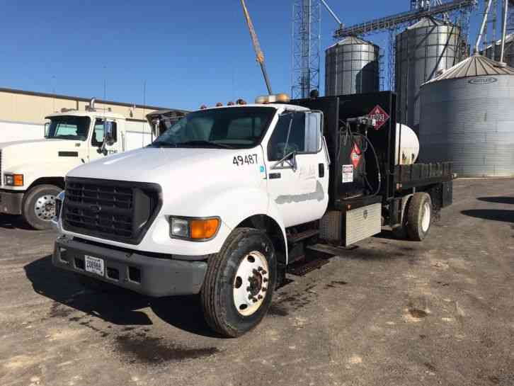 Ford F750 (2003)