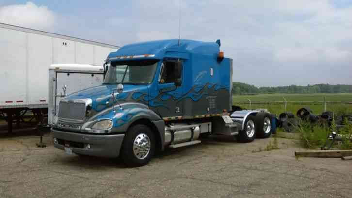 Freightliner COLUMBIA (2003) : Sleeper Semi Trucks