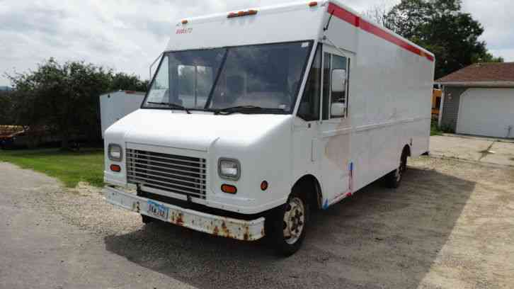 Used Food Truck For Sale >> Freightliner Step Van Food Truck Delivery Van (2004) : Van / Box Trucks