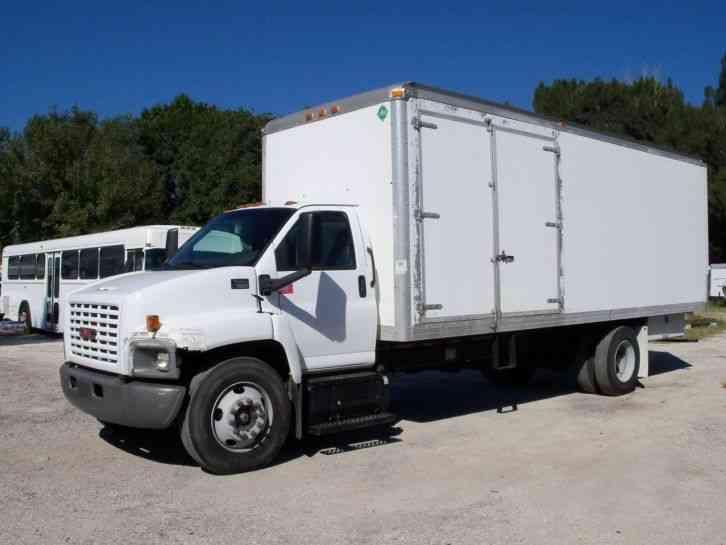 gmc c7500  2003    van    box trucks