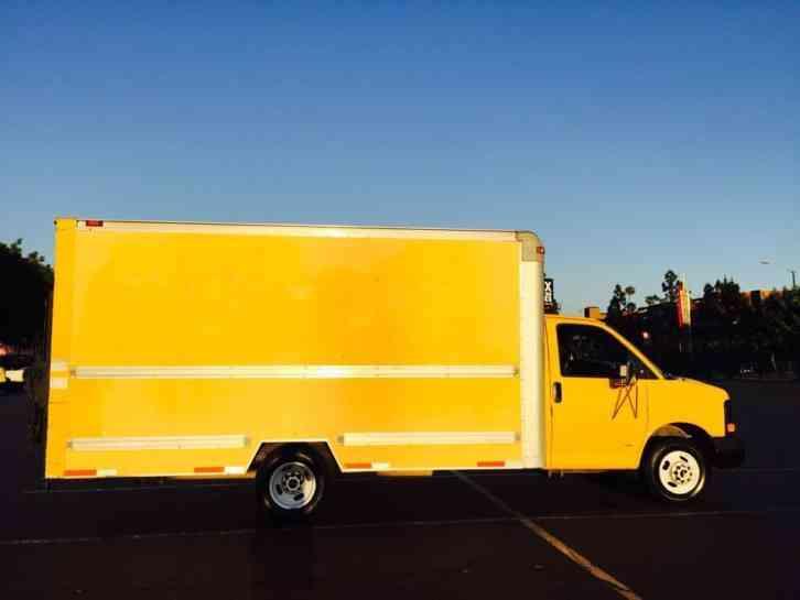 Gmc Savana G Ft Box Truck W Maxco Lift Gate No Reserve