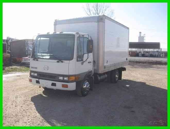 HINO FA1517 4 CYL TURBO DIE AUTO WITH 14' WALK IN (2003)